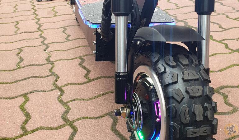 Yume Y11 Plus 30Ah 5600W My Best looking Scoot yet !
